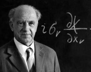 Heisenberg - Quantum Field theory